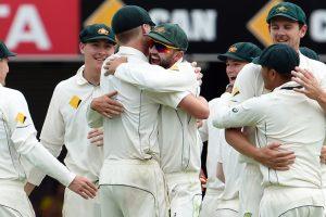 Australia deny Pakistan in gripping Test finale