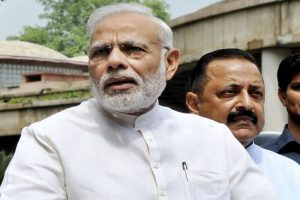 PM tells EC to pressure political parties to bring transparency