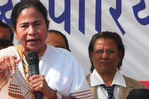 Mamata slams Centre over raid on TN chief secretary