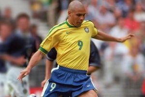 Brazil's Ronaldo best striker of all time: Gonzalo Higuain