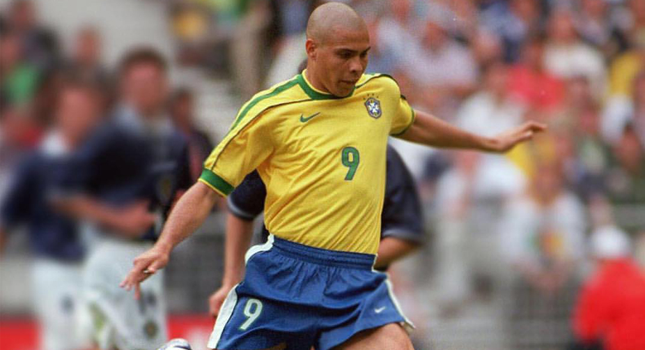 brazil s ronaldo best striker of all time gonzalo higuain the