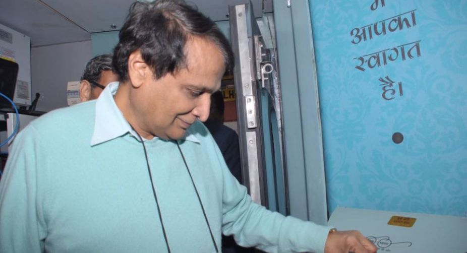 Suresh Prabhu to launch Rs 2600 rs cr package for leather sector