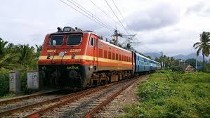 Detached train engine leaves bogies behind in Odisha