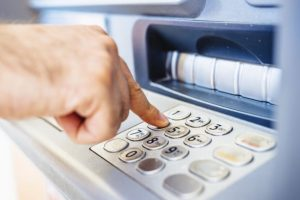 Hunt for money at ATMs continues in Delhi-NCR