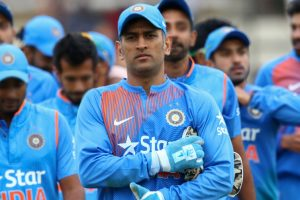 Dhoni quits as limited overs captain