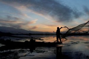 218 Indian fishermen freed by Pak; one dies before release