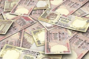 Rs 50 cr in banned notes seized in Gujarat on poll day