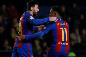 La Liga: Lionel Messi rescues point for sub-par Barcelona