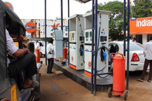 Rs.12 lakh looted from Bihar petrol pump
