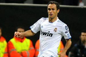 Former Real Madrid defender Carvalho signs with Shanghai SIPG