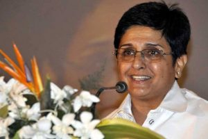 Kiran Bedi accuses CM Narayanasamy of 'threatening' her