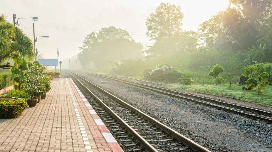 Two killed, Woman, three Daughters, Train, Railway Track, UP Police