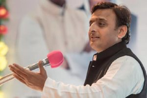 Gujarat results are beginning of BJP's end: Akhilesh