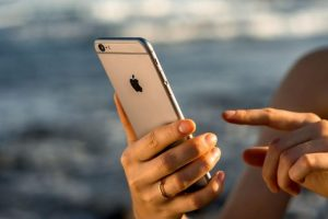 Apple urged to shield kids from iPhone addiction