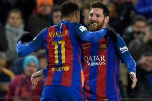 Messi free-kick magic sends Barca into Cup quarters