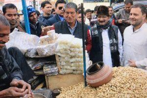 Rahul Gandhi' hit Modi for calender row in Uttarakhand