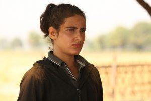 Aamir's 'Mahavir fighting his daughter in Dangal' grips audience