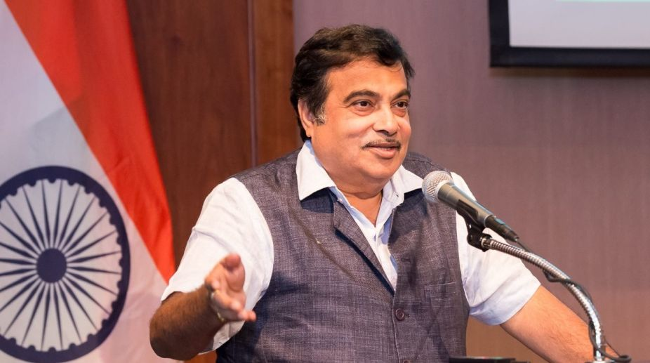 Nitin Gadkari offers several sops to Telangana
