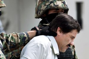 Mexico extradites drug lord 'El Chapo' to US