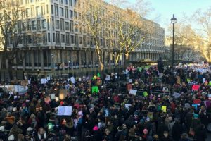 Thousands march against Trump in London