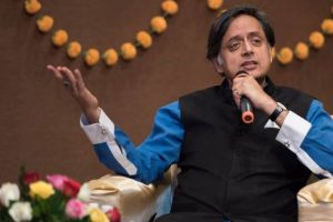 "Shashi Tharoor's ""my sister"" misheard as ""my pistol"" at airport"
