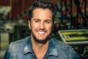 Luke Bryan to sing National Anthem at Super Bowl
