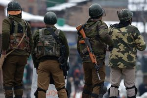 Top LeT militant killed in encounter in Kashmir: police