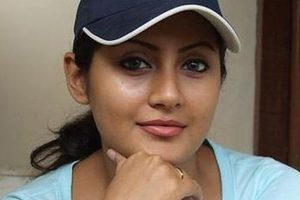 Actress Rimi Sen joins BJP