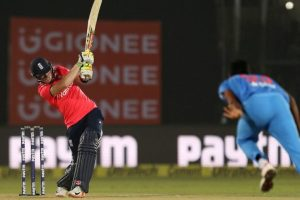1st T20I: Morgan, Root drive England to victory over India