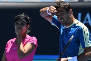 Australian Open: Mirza-Dodig overcome Stosur-Groth to reach mixed doubles final