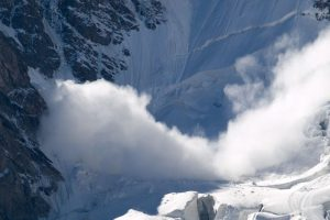 Swedish skier dies in Gulmarg avalanche