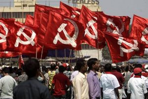 CPI-M workers, policemen injured in stone-pelting