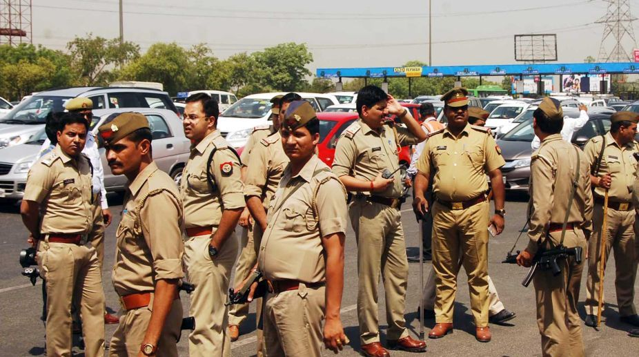 Ghaziabad, polluting units, District Magistrate, illegal factories