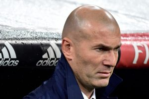 Zidane's 100th game as Real Madrid take on Ronaldo's favourite rivals