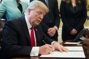Trump signs executive order to cut regulations