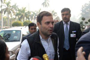 Modi's raincoat barb an insult to nation: Rahul Gandhi