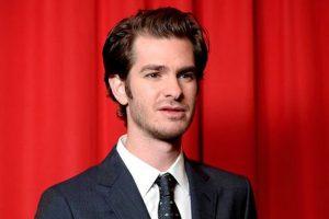 Kissing Ryan Reynolds was ridiculous: Andrew Garfield