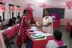 First time female voters given teddy bears in Goa polls