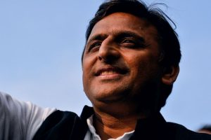 Lucknow: Former CM Akhilesh Yadav vacates official bungalow