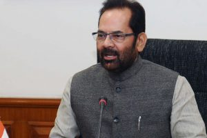 Mukhtar Abbas Naqvi bats for holding LS, Assembly polls simultaneously