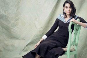 Kareena is a pro at motherhood, says sister Karisma