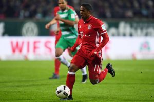 Got offers from China: Douglas Costa