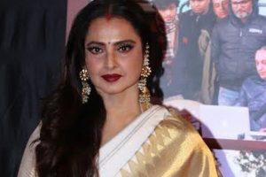 Smita Patil a far better actor than me: Rekha