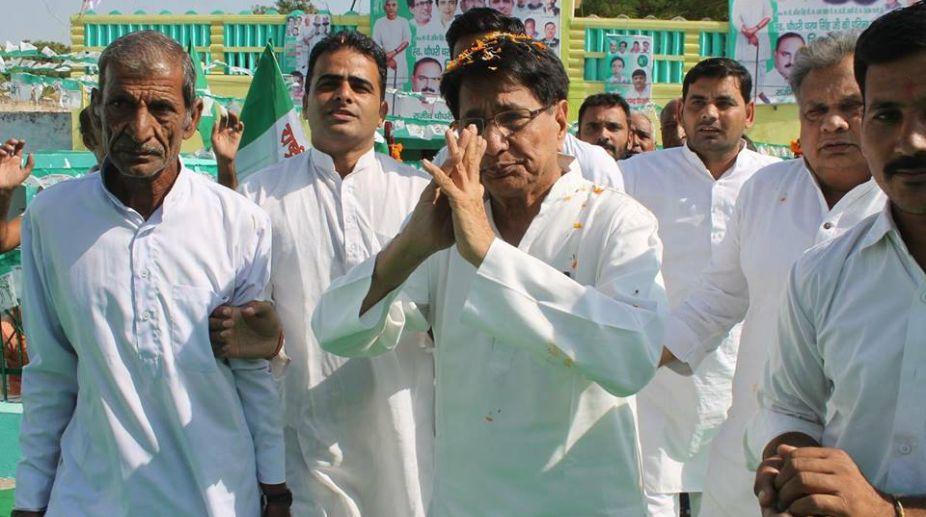 Rashtriya Lok Dal and Samajwadi Party have made a decision to  join hands