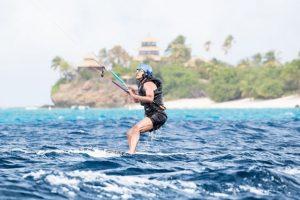 Obama kite-surfs with billionaire Richard Branson