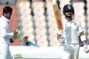 Hyderabad Test, Day 1: Vijay, Kohli power India to 356/3 at stumps