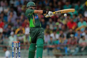 Azhar Ali steps down, Sarfaraz Ahmed set to captain Pakistan