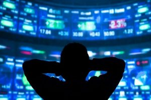 Equity indices trade with marginal losses; IT, banks down