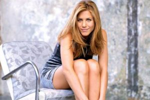 Aniston planning girls-only trip to Hawaii