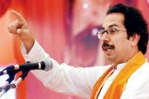 Fadnavis govt good for nothing: Shiv Sena chief Uddhav Thackeray